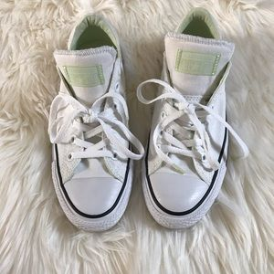 Converse All Star Madison Sneakers. NWOT